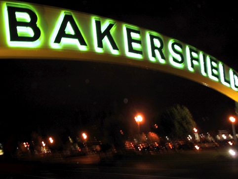 bakersfield_sign_02_low
